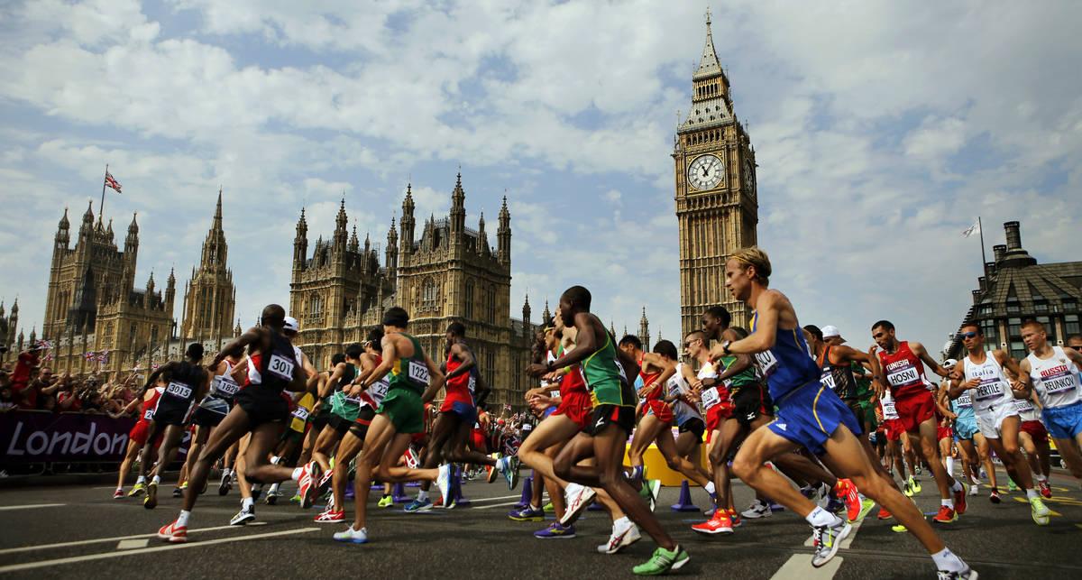 42 километра на пути к цели: самые известные марафонцы