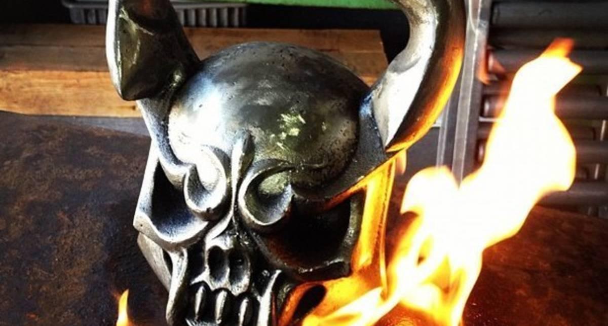 Чертово железо: фото суровых гирь Demonbells