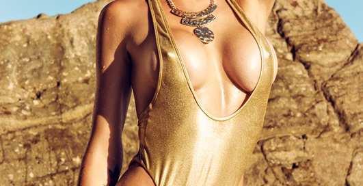 Красотка дня: горячая модель Тина Луиз