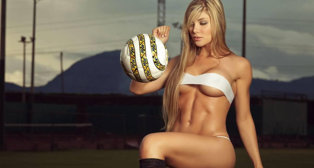 Красотка дня: футбольная болельщица София Харамильо