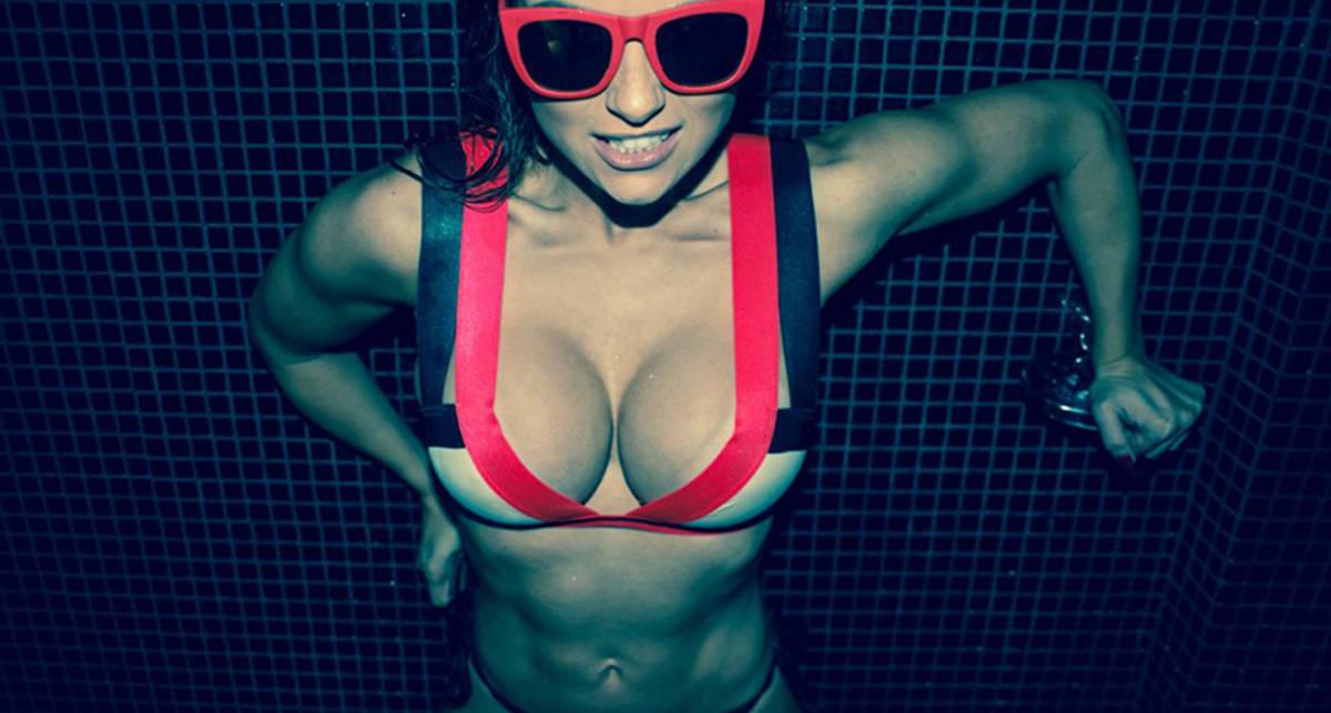 Красотка дня: бразильская фитнес-модель Элис Матос