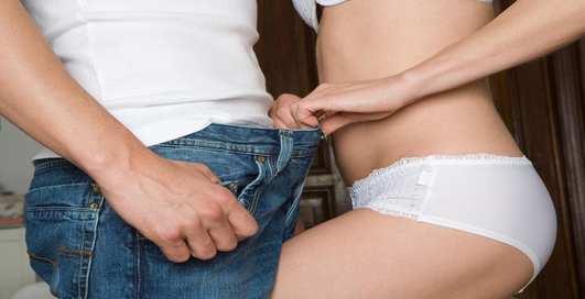 Как правильно раздевать девушку