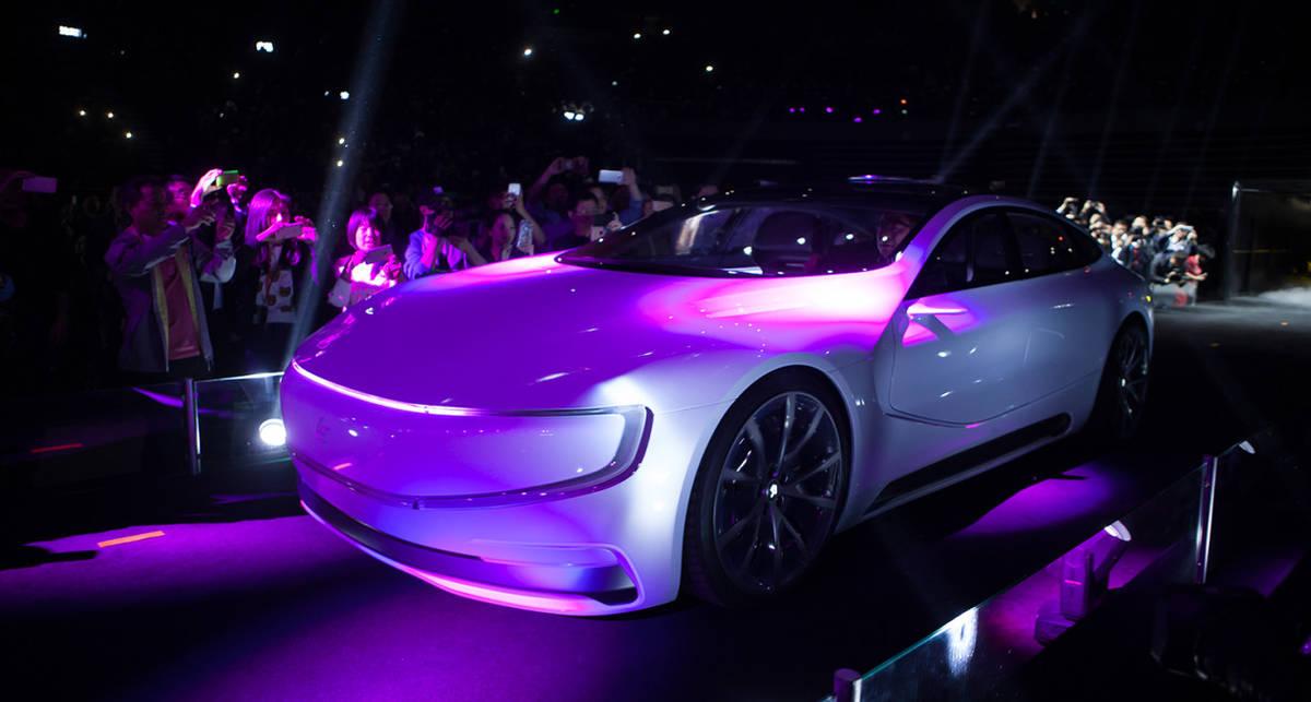 Назло Tesla: китайцы презентовали крутой электрокар