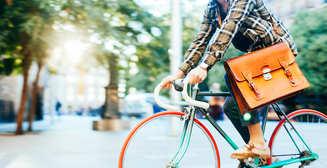 Весенний накат: десятка аксессуаров для велосипедистов