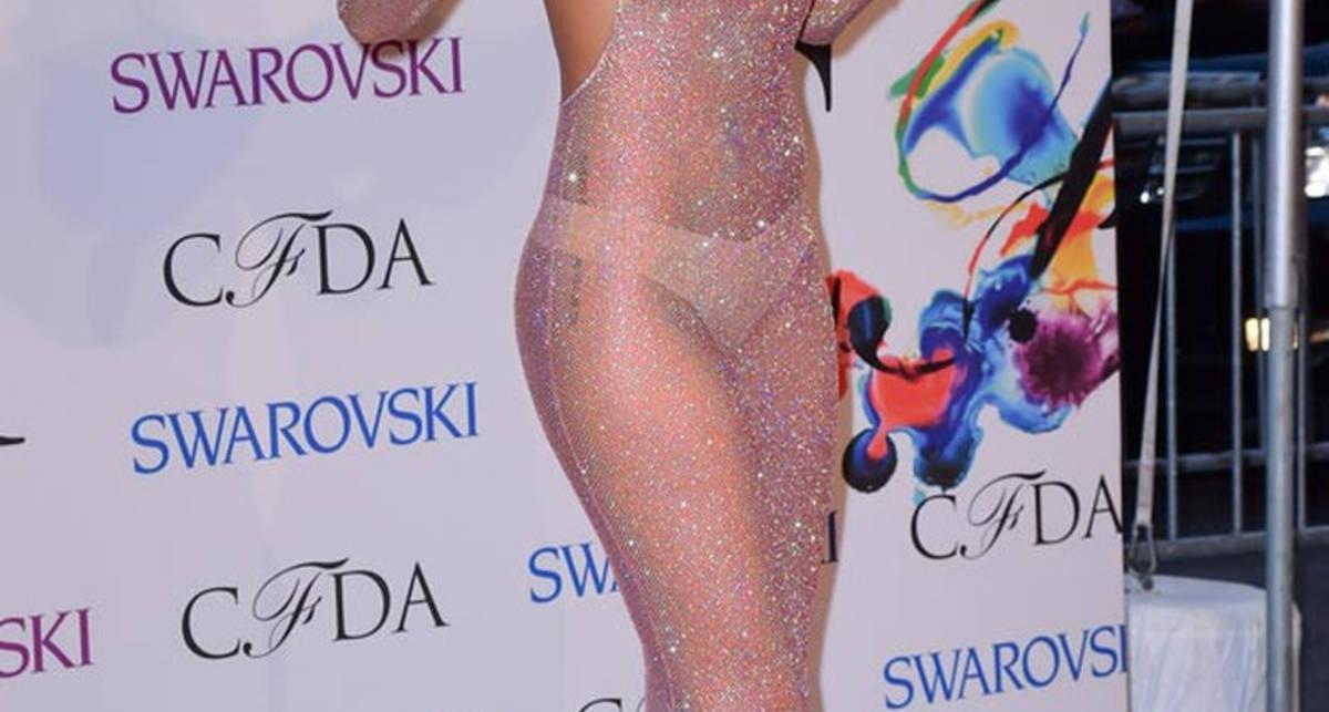 Бесстыжие звезды: фото селебрити в откровенных нарядах
