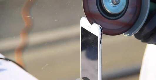 Как с помощью болгарки и дрели сделать iPhone 7