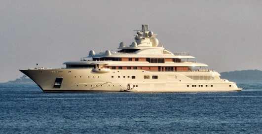 Яхта за $600 миллионов для российского олигарха