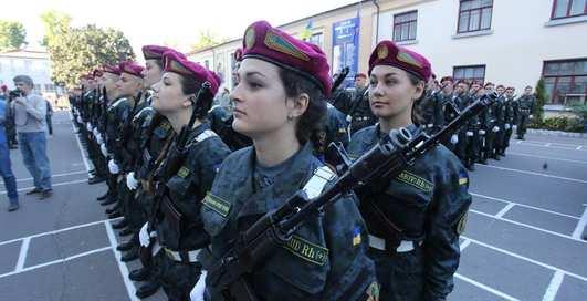 Страны с самыми симпатичными солдатками