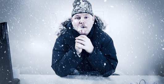 Кондиционер в офисе: как не простудиться