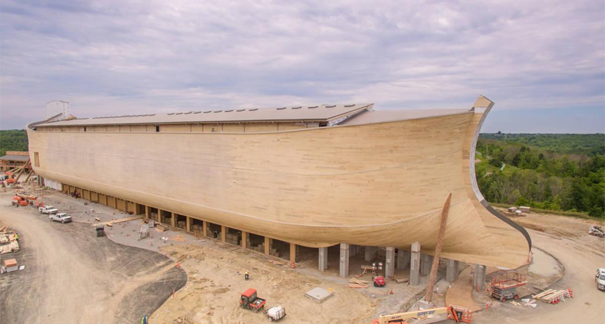 Ноев ковчег за $100 млн: гигантская лодка для американцев