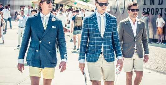 Как правильно носить шорты: три удачных сочетания