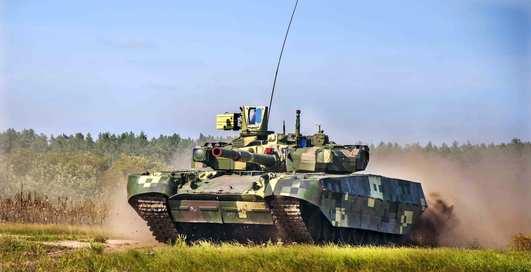 Десятка военных машин с самыми мощными двигателями