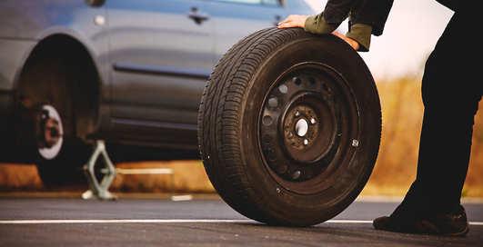 Как накачать колесо за две секунды