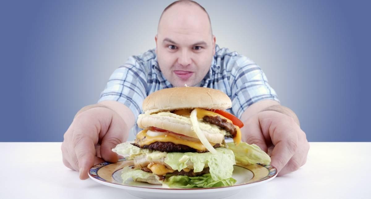 Почему ты переедаешь: 5 банальных причин