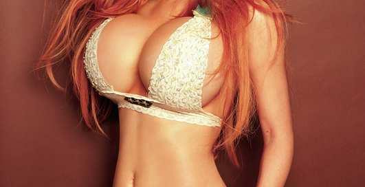 Женщины с неимоверно большой грудью