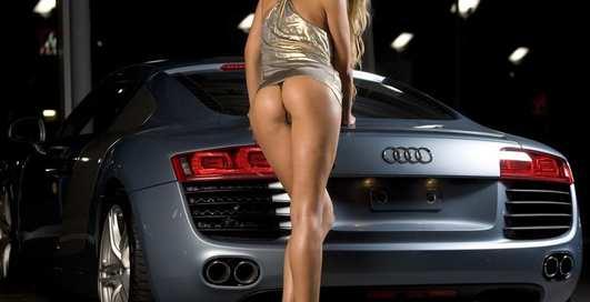 Красотки с багажниками: фото моделей Playboy и их авто