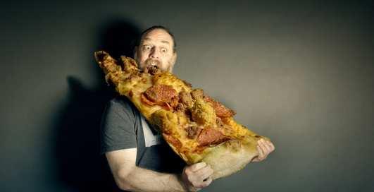 Как есть вредную пищу и не толстеть