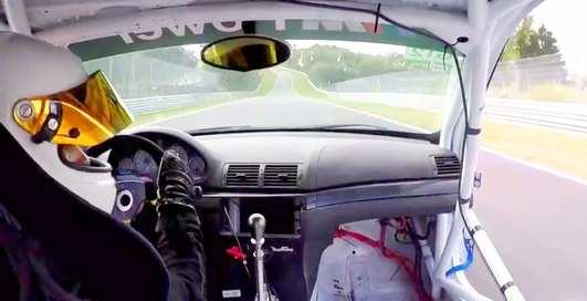 """""""Оторва"""": на скорости 280 км/час у BMW отпала дверь"""