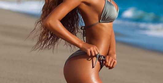 Красотка дня: бикини-модель Сиерра Ски