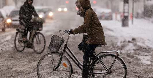 Как ездить на велосипеде в мерзкую погоду