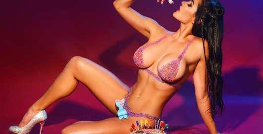 Красотка дня: таиландская порнозвезда Мэри Пашенс