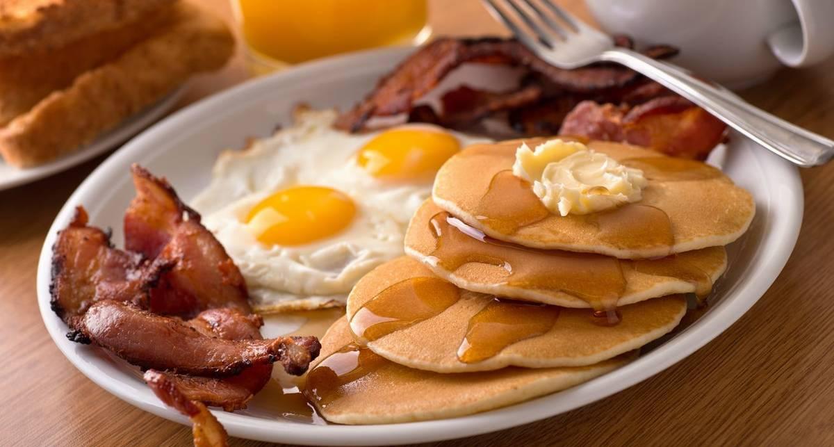Что обычно творится в тарелке любителей здорового завтрака