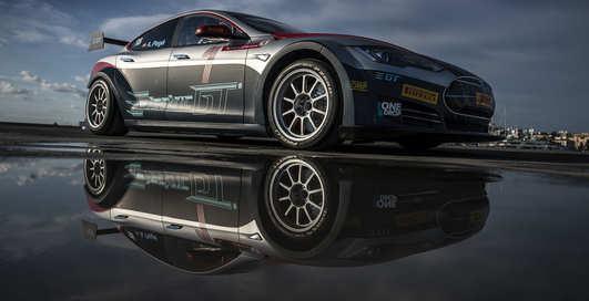 Tesla Model S рвется в гонку Electric GT