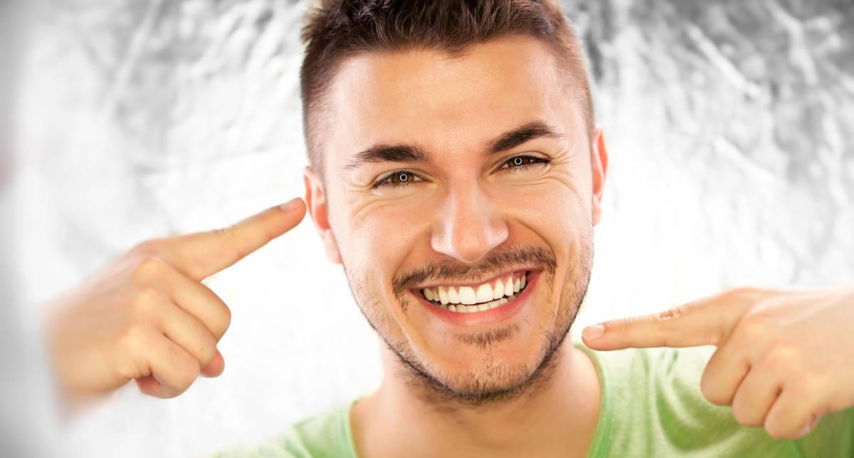 Как сохранить зубы белыми: советы стоматолога