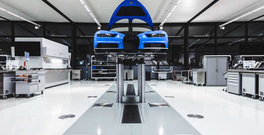 Фото фабрики Bugatti Chiron: где и как собирают 1500-сильные гиперкары