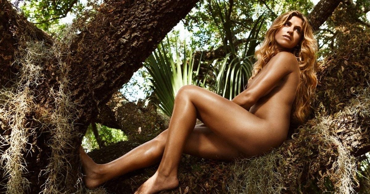 Alicia sacramone gallery nude, hardcore black and white sex