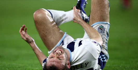 Ломанные кости и отбитые мозги: 5 невероятно жутких спортивных травм