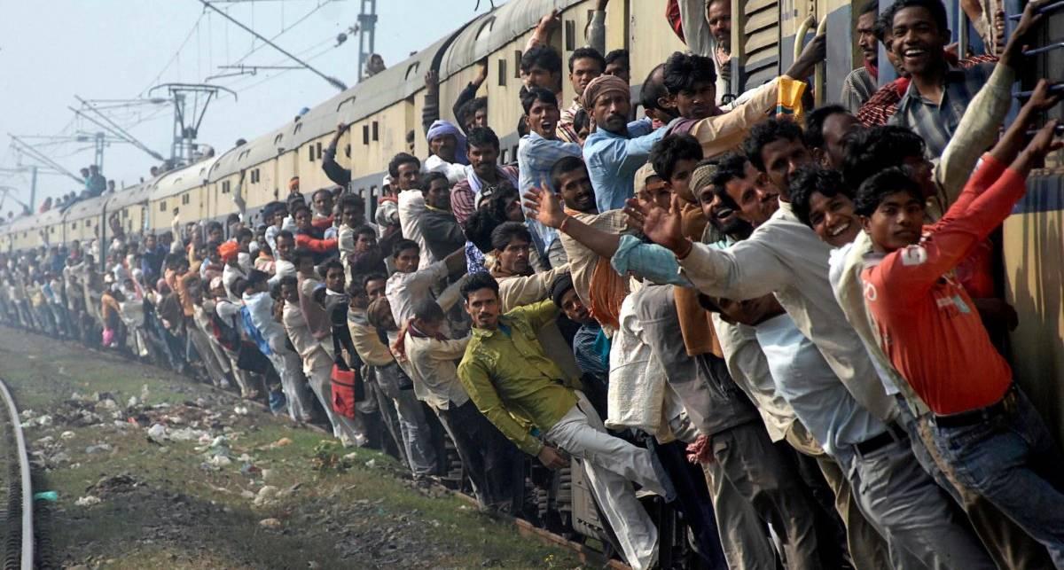 Трип впритирку: суровая езда в поездах до Бангладеша
