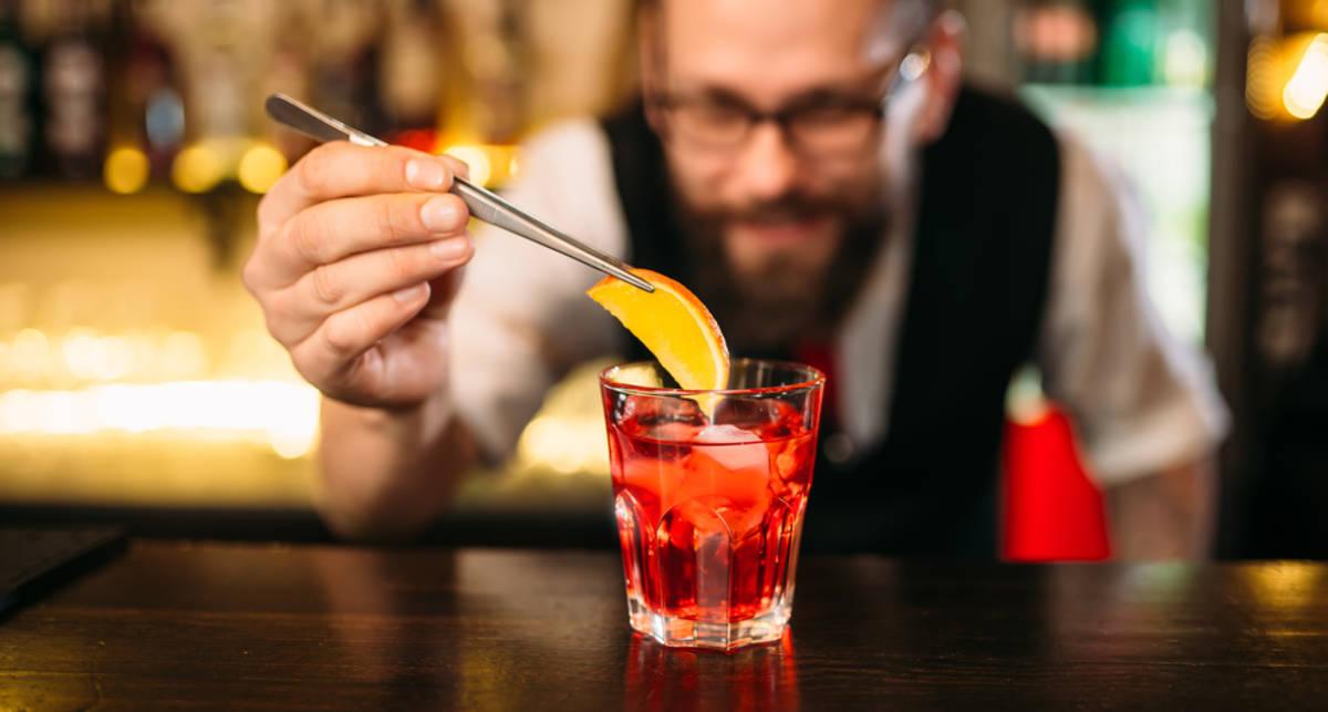 Пять дринков, которые не должны пить мужчины 25+
