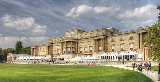 Дворцы, в которых живут и работают мировые лидеры