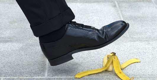 Реально ли поскользнуться, наступив на банановую кожуру