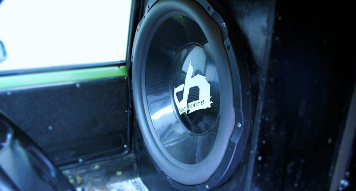 Может ли мощная стереосистема разрушить машину?