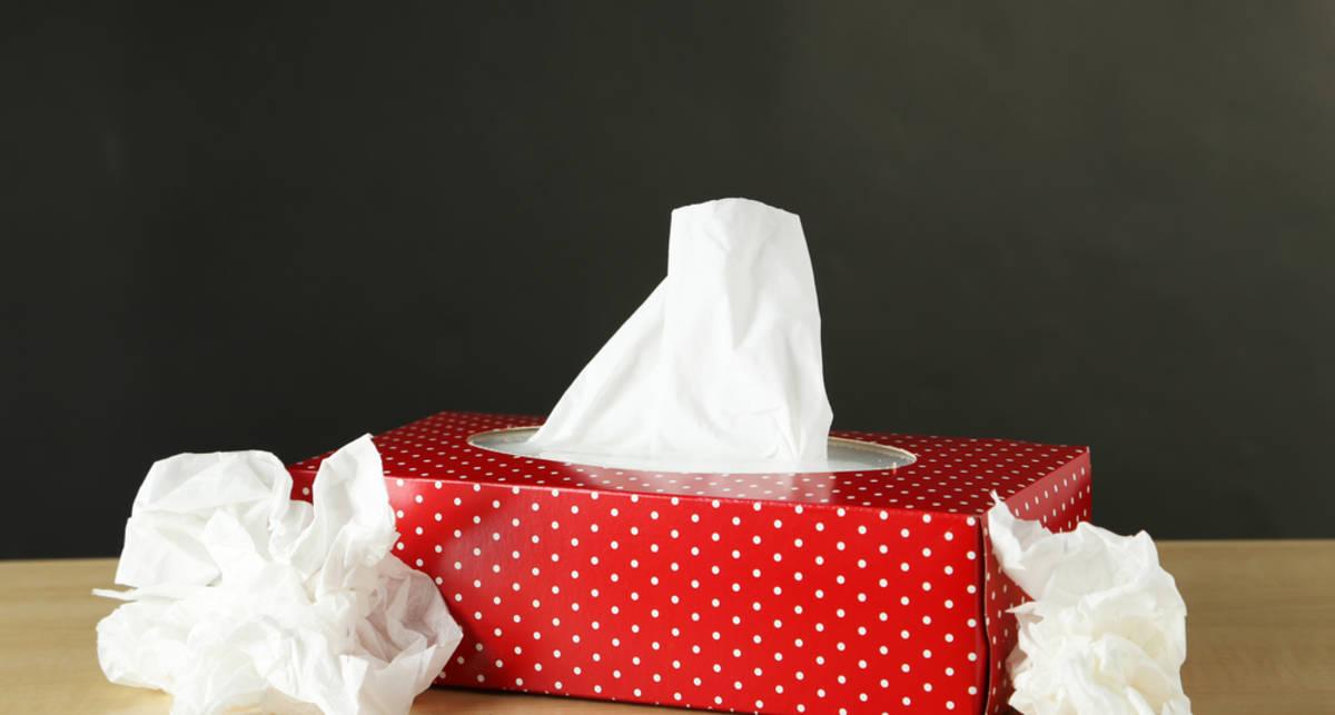 Может ли картонная коробка c салфетками убить человека