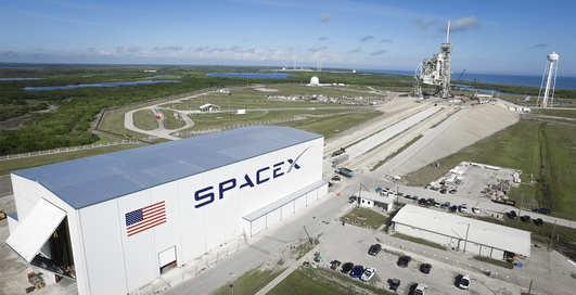 Ракеты и чистота: как там, внутри одного из заводов SpaceX
