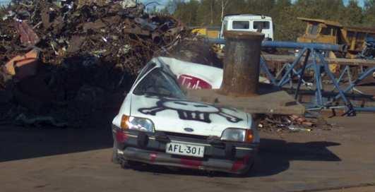 Как кончают машины: эпичный ролик с авто и 100-тонным прессом