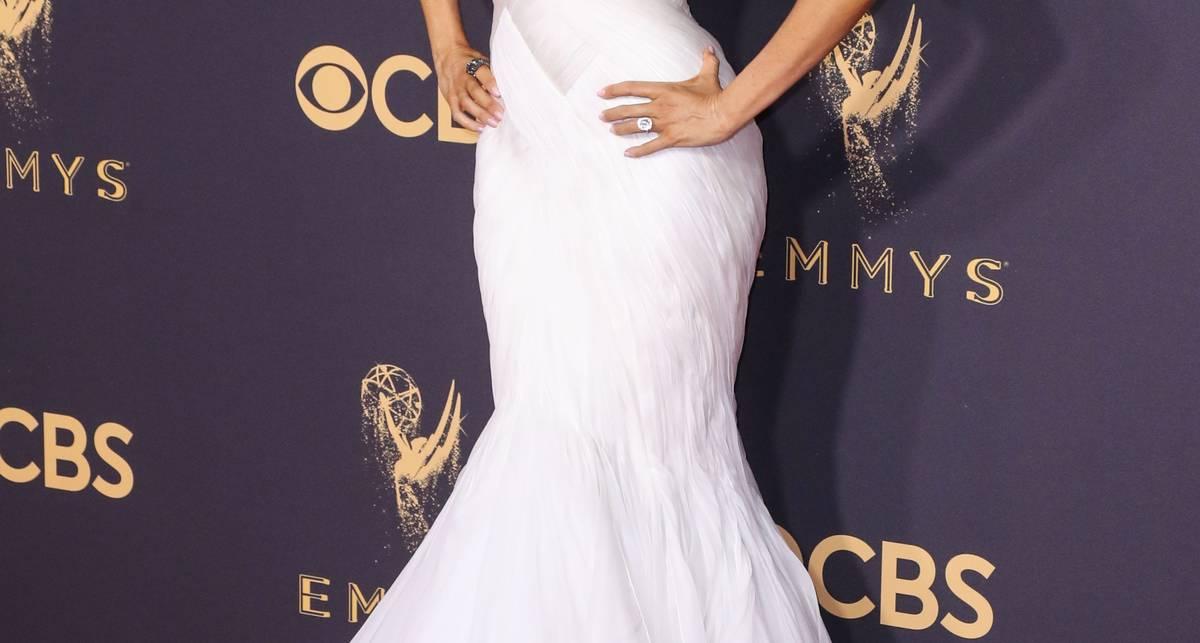 Emmy Awards 2017: самые сексуальные наряды церемонии