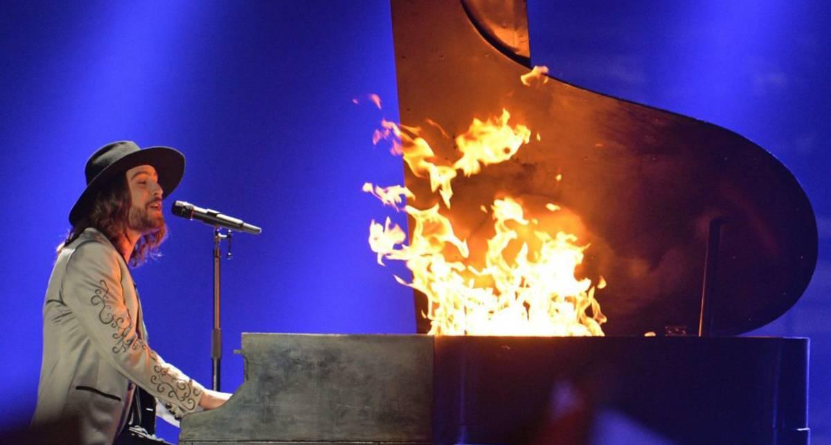Взорвется ли фортепиано во время пожара