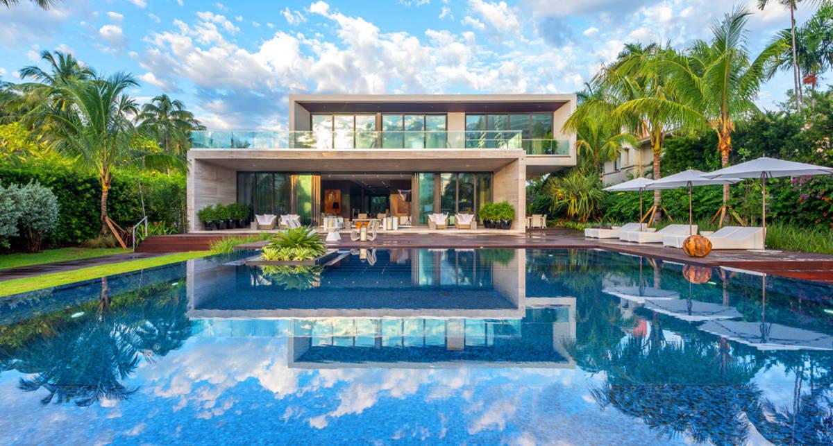 Купаться и любоваться: 5 самых живописных бассейнов