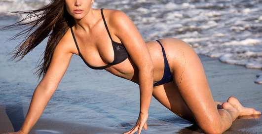 Красотка дня: калифорнийская модель Челси Хит
