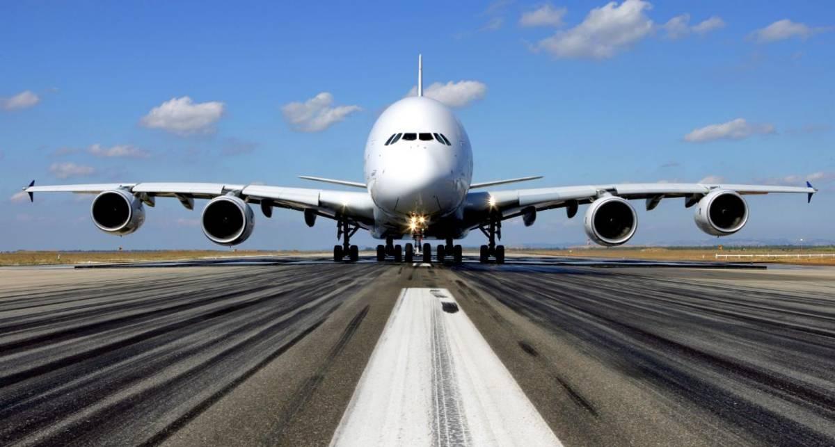 Чуть не разбились: экстрим-посадка Airbus A380 в Дюссельдорфе