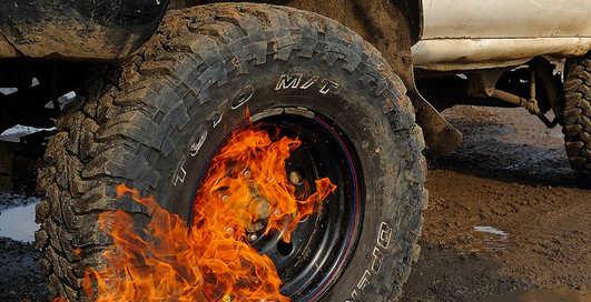 Можно ли подкачать автомобильную шину пусковой жидкостью