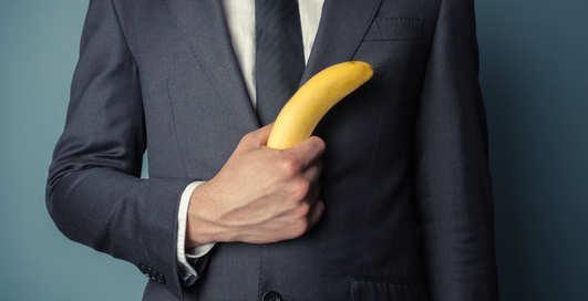 Кривой пенис: в чем заключается его опасность