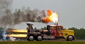 Лютая мощь: 7 семь самых быстрых грузовиков на планете