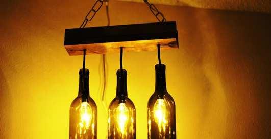 Как превратить стеклянную бутылку в модный элемент декора