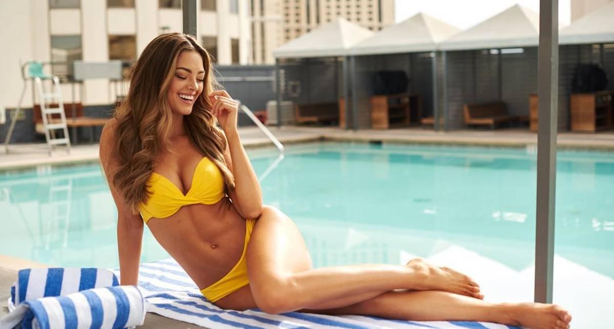 Красотка дня: Мисс Вселенная-2017 Деми-Ли Нель-Питерс