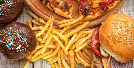 Холестерин — смерть: ученые приговорили любителей жирного